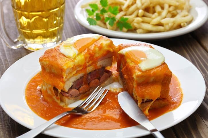 Pregos (sandwich portugais)
