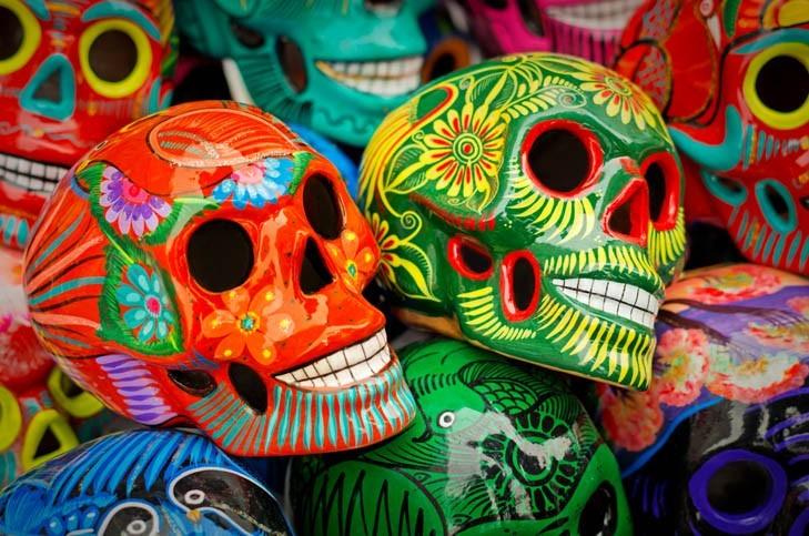 Têtes de morts décorées