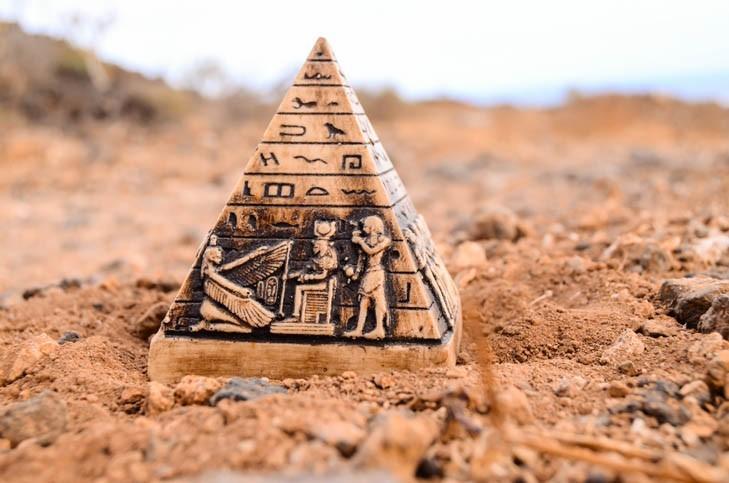 Pyramides miniatures