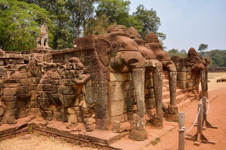 Découverte Terrasses des éléphants et du roi lépreux