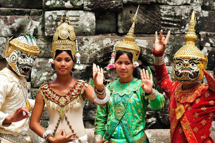 Soirée Cambodgienne: diner et spectacle de danses traditionnelles