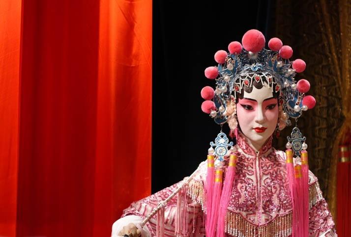 Spectacle d'opéra de Pékin au théâtre Liyan