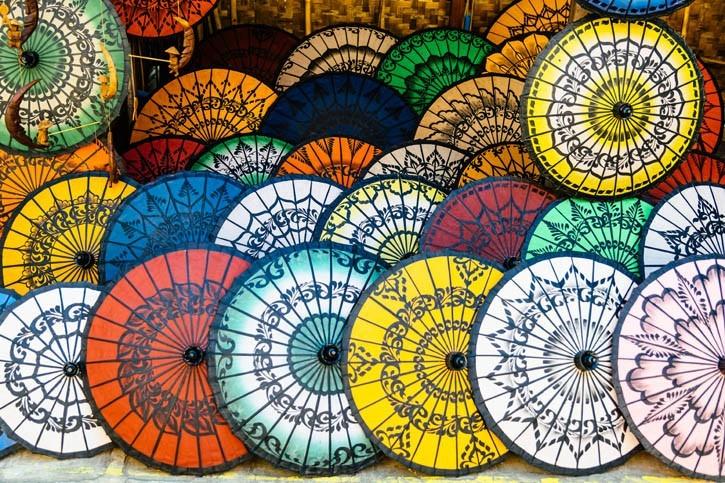 Ombrelles de Bagan