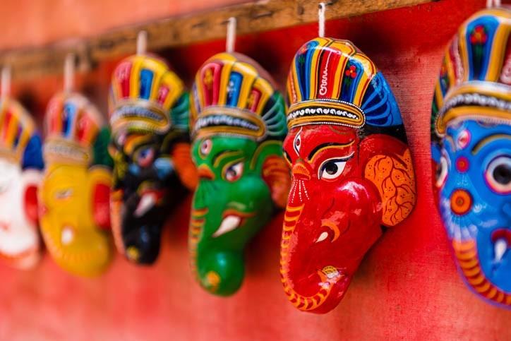Petits masques traditionnels de la ville de Bhatktapur